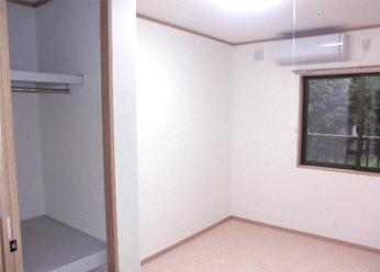 各個室間仕切り壁・天井に、ロックウール+15mmの石膏ボードで防音対策